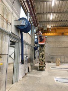 Service techniques et d'installation pour un système d'extraction des gaz d'échappement 11